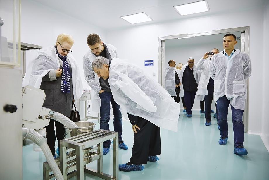 balkan_pharmaceuticals_factory_photo_6.jpg.15a7c928e470c25d8010343f0abecf38.jpg